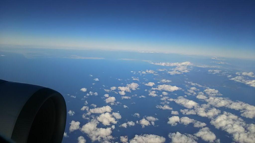 南西諸島上空から