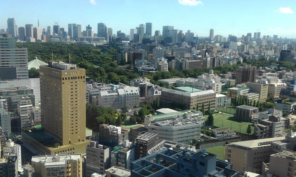 靖国神社を上から見下ろす
